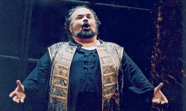 Addio al tenore Francisco Casanova