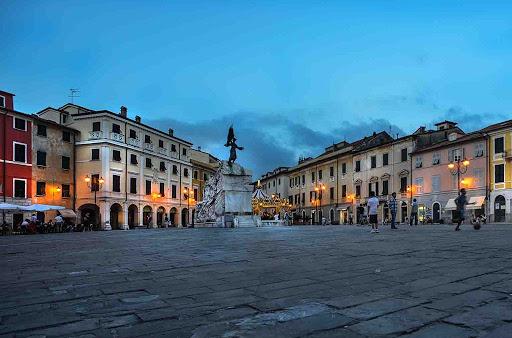 La musica del Carlo Felice in tour parte da Sarzana