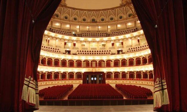 Orchestra del Teatro Petruzzelli direttore Carmine Pinto