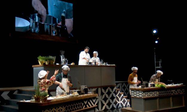 Grande successo al Teatro Coccia di Novara per l'opera cooking con protagonista lo chef Canavacciuolo